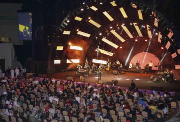IN PICS: Saber Al Rebai performs live in Sharjah