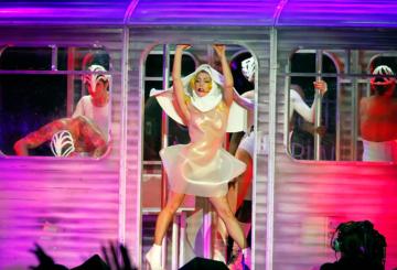 Malaysia gags Gaga