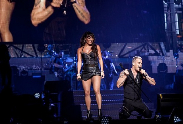GALLERY: Robbie Williams in Abu Dhabi