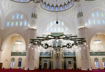 Sharjah Grand Mosque reveals plans to broadcast sermons
