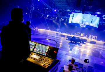 CPL delivers large disco themed webcast