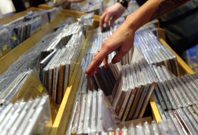 Digital music 'need not cannibalise CD sales'
