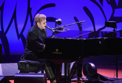 Elton John set to play December gig in Dubai