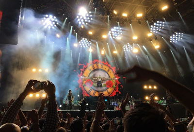 Guns N' Roses rock Dubai