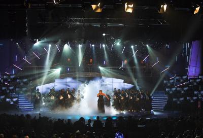 grandMA2 Cutts It On South African Idols