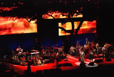 MAC Viper illuminates Graceland