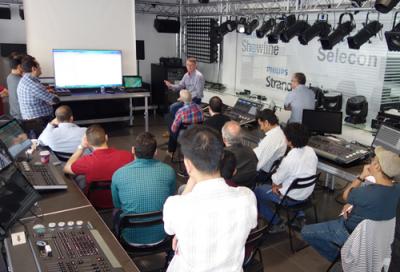 Procom hosts Philips training in Dubai