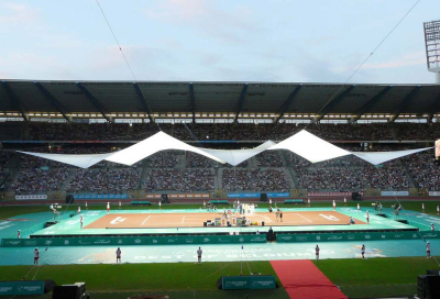 Custom roof takes centre stage at tennis match