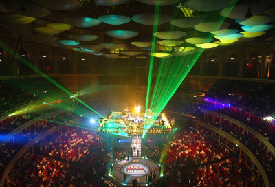 Flash buys 10% stake in Ultimate Fighting Champs