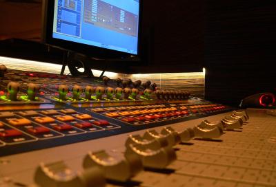 Music Room chooses Avid's VENUE SC48