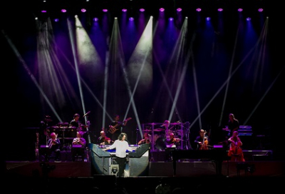 Greek composer Yanni captivates UAE fans