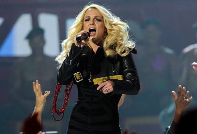 Britney Spears, Incubus, Paul McCartney for F1