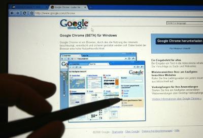 Google acquires mobile advertising specialist