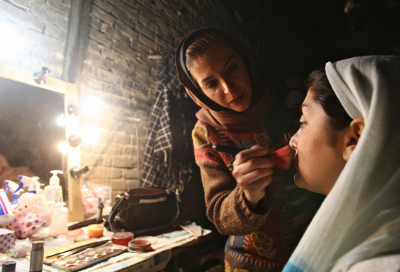 Women on Iranian TV banned from wearing make-up