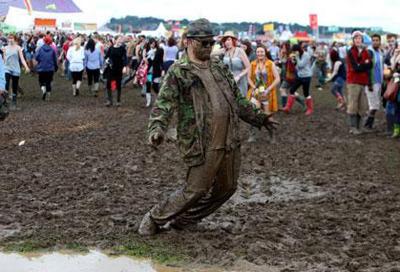 Flooding threatens Reading Festival