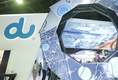 Du showcases 4K TV to visitors at GITEX 2017
