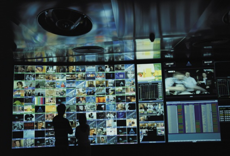 SES and Samsung team up for broadcast first