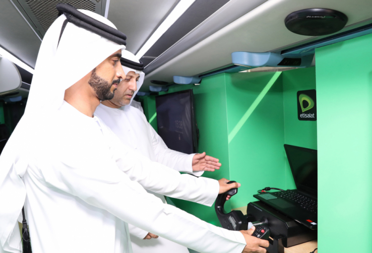 Etisalat's 5G Experience Bus rolls out across UAE