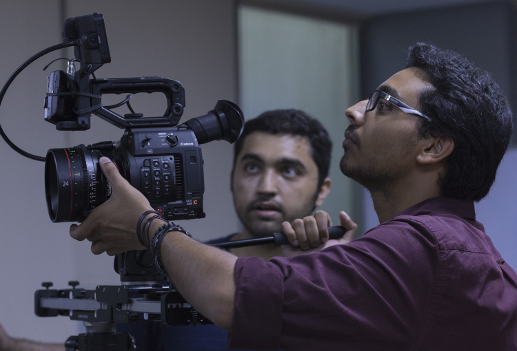 Faisal Hashmi edges competition to maiden Indie Filmmaker award