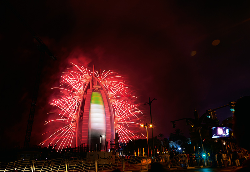 The Burj Al Arab took centre stage on the city's skyline with a dazzling fireworks display by Ruggieri.