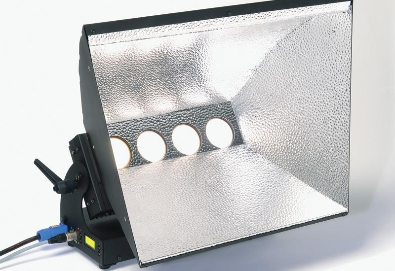 ADB Lighting Technologies - ALC4 CYC LED