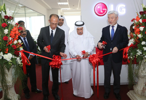 The inauguration was attended by LG Electronics MENA regional CEO Kevin Cha, LG Electronics Gulf FZE president D.Y. Kim and VIP partners.
