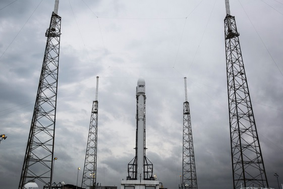 SES-9 on the launch pad in Florida yesterday.
