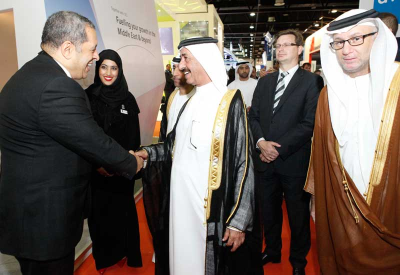 Sheikh Hasher tours Cabsat 2013.