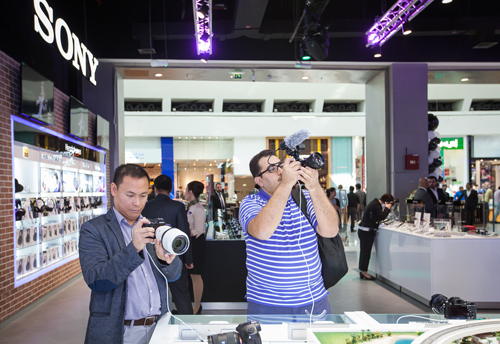 Visitors to the new boutique get hands-on with the latest Sony products.