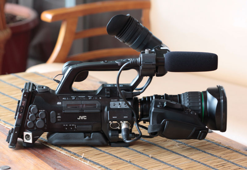 The JVC 700E with Standard Canon HD zoom lens