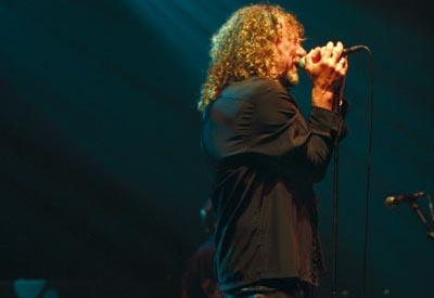 Led Zeppelin's Robert Plant in action.