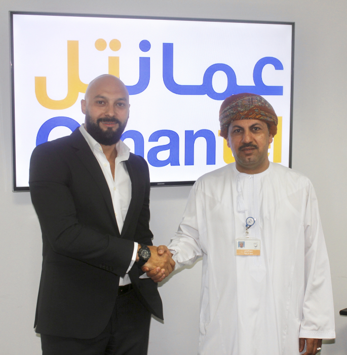 Anas Hantash, director of sales for MENA at Imagine Communications with Said Abdullah Al Ajmi, VP of Operations at Omantel