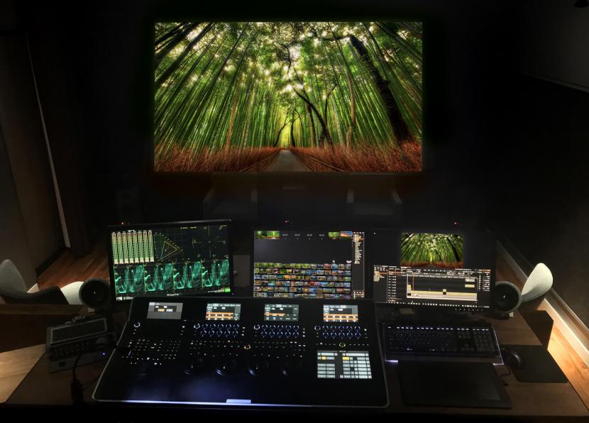 Running Man New York studio, Facilis, Storage
