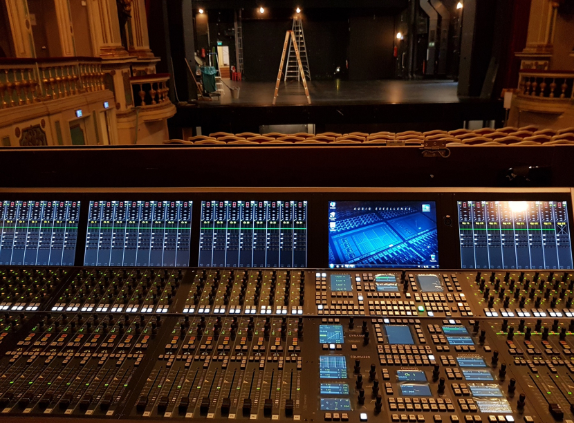 In pictures: The Erlangen Theatre with modernised AV equipment