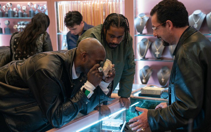 Uncut Gems, the latest movie directed by the Safdie Brothers stars Adam Sandler as a New York City jeweler and gambler.
