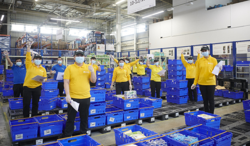 VOX Cinemas employees at Carrefour fulfilment centre.